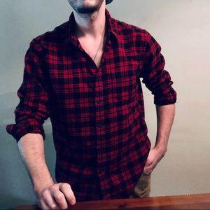 Red/Black Plaid Flannel Uniqlo Shirt